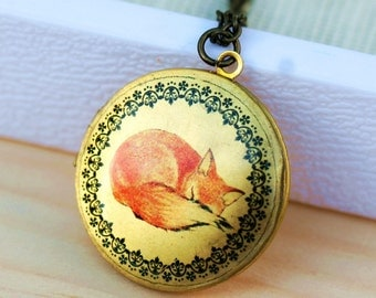 Locket Necklace,Sleepy Fox,Locket,Photo Locket,Red Fox Locket, photo,jewelry gift,Round, Brass,Locket,Necklace,pendant