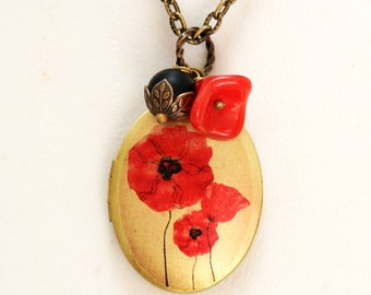 Locket,Necklace,Jewelry,Poppy Love,Brass locket,Red Poppy Flower,Black Bead ,Bridesmaid Necklace,Wedding Necklace