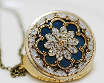 Personalized Locket Necklace,Jewelry,Pendant,blue locket,filigree locket,Bridal Necklace ,bridesmaid gift ,Wedding Necklace,Something Blue