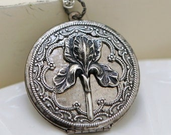 Locket,Iris locket,Silver Locket,filigree locket necklace,photo locket ,bridesmaid gift  locket - vintage style silver locket