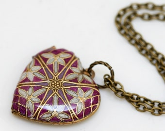 Purple Locket,Brass Locket, Jewelry Gift,Filigree Heart Resin Locket,Bridesmaid Necklace,bridesmaid gift locket necklace