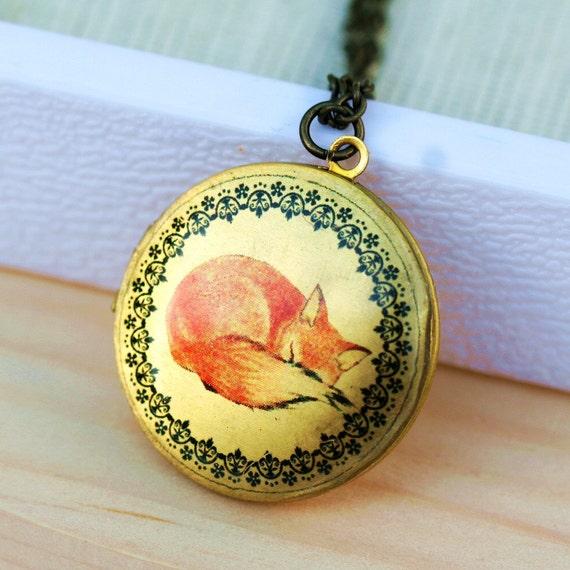 Locket Necklace,Sleepy Fox,Locket,Photo Locket,Red Fox Locket, photo,jewelry gift,Round, Brass,Locket,Necklace,pendant
