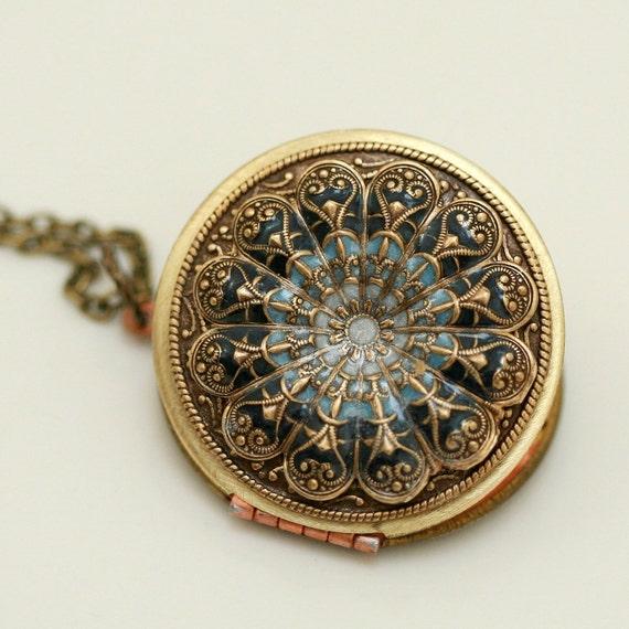 Locket, Poppy Locket,Resin locket,Blue Locket,filigree locket necklace,photo locket , brass locket,Wedding Necklace