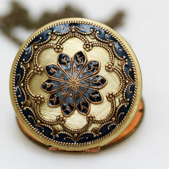 Locket,blue locket,Jewelry,Necklace,Pendant,filigree locket necklace,resin locket,photo locket ,bridesmaid gift Brass locket 38mm