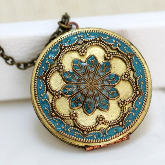 Personalization Locket Necklace, turquoise blue locket,Jewelry,Necklace,Pendant,locket,brass locket ,filigree turquoise,38mm,Gift for her