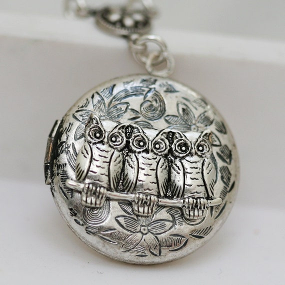 Locket Necklace,Silver Owl Locket,Locket,Leaf,Jewelry,Three Owls,Family,Flower,Antique Locket,Filigree Leaf,Locket Necklace,Wedding Necklace