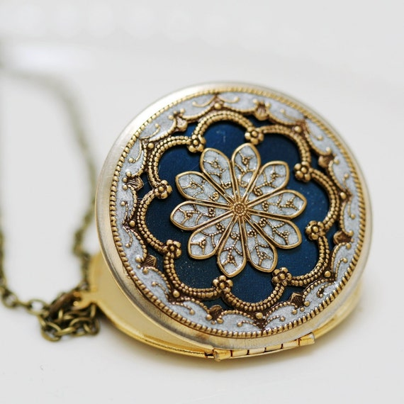 Locket Necklace,Jewelry,Pendant,blue locket,filigree locket, locket,Bridal Necklace ,bridesmaid gift ,Wedding Necklace,Something Blue
