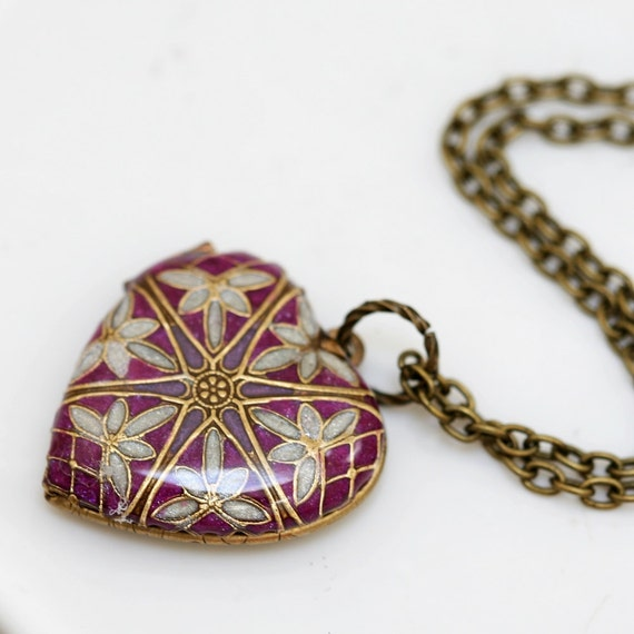Purple Locket,Brass Locket, Jewelry Gift,Filigree Heart Resin Locket,Bridesmaid Necklace,bridesmaid gift locket necklace