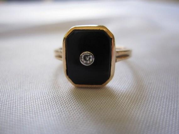 Estate Vintage Art Deco Style Dattlebaum & Friedman Signed Onyx and Diamond 10k Gold Ring