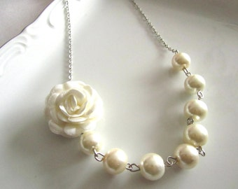 Ivory flower necklace with pearls - Pearl necklace - Bridal necklace - Bridesmaid necklace