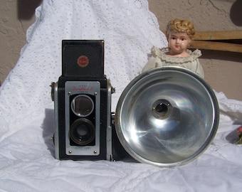 Vintage Kodak Camera 1950s Retro Camera Duaflex II Photographer Camera Display Photo Prop