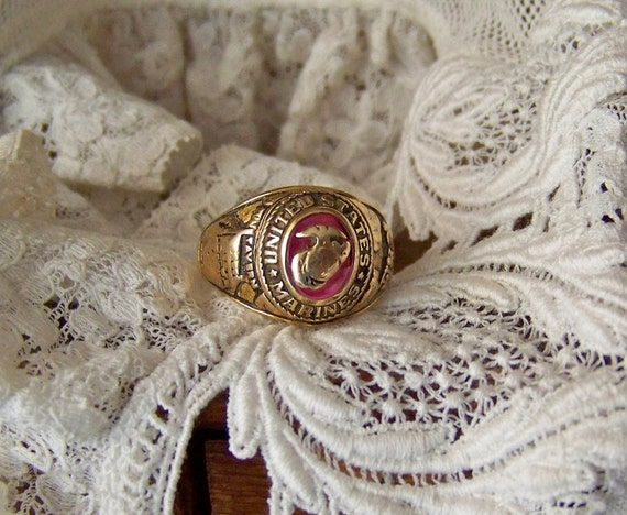 United States Marine Corp 10k Gold Ring Vietnam Era Reserved