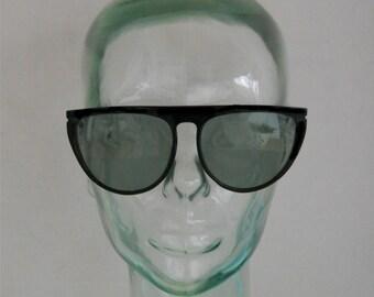Vintage CORNING - Large Black Frame Sunglasses