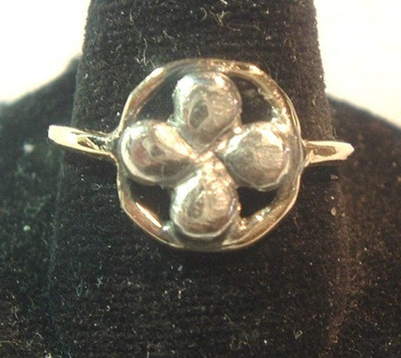 Two-Tone Clover Ring from PatriciaRileyJewelry