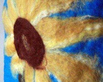 Handfelted Wallhanging 'Sunflower'