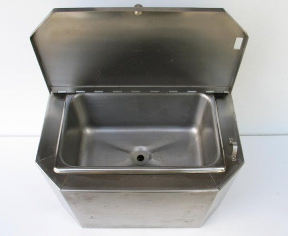 VIntage Mini Stainless Steel Drain Sink with Cover Wall Mount