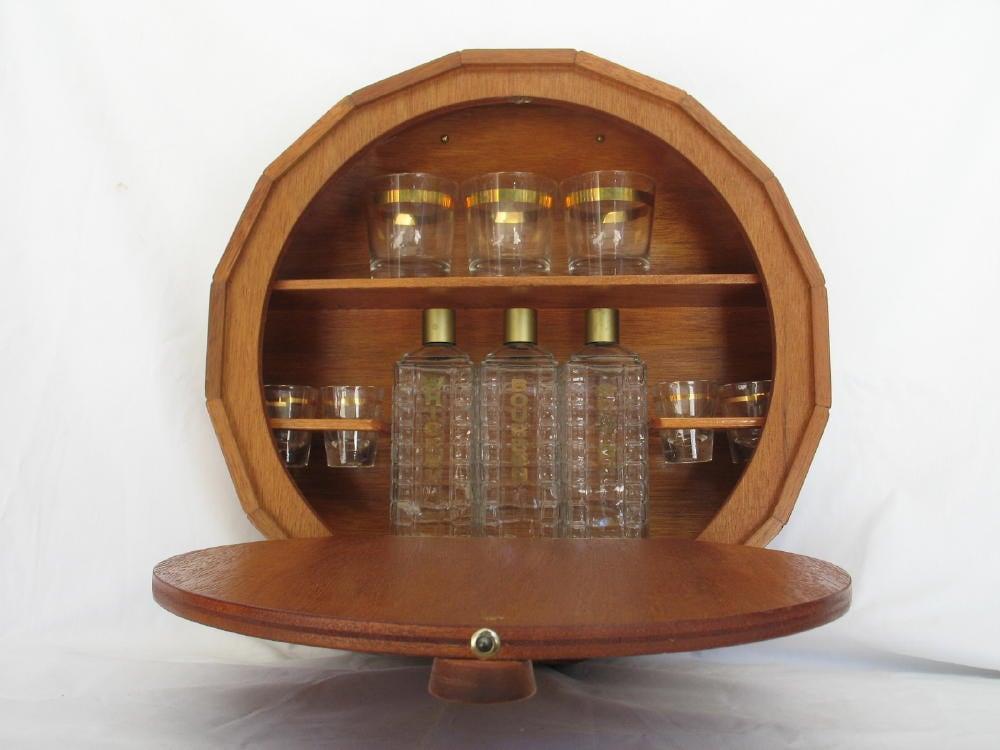 Vintage Secret Bar Decanter And Glasses Set