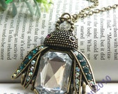 Pretty retro copper musca with clear stone expanding wings necklace pendant vintage style