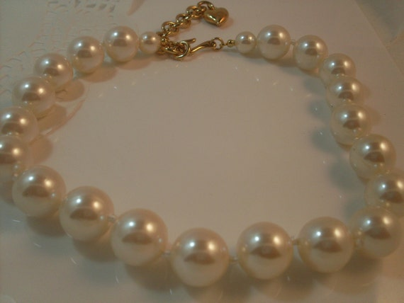 Vintage Necklace Carolee Chunky Pearl