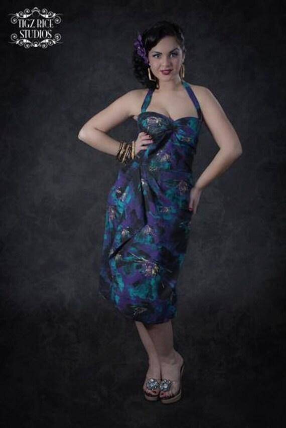 Vintage 1950s inspired bombshell Hawaiian halter dress waterfall drape size M bust 38 vintage fabric Rockabilly Viva Pinup