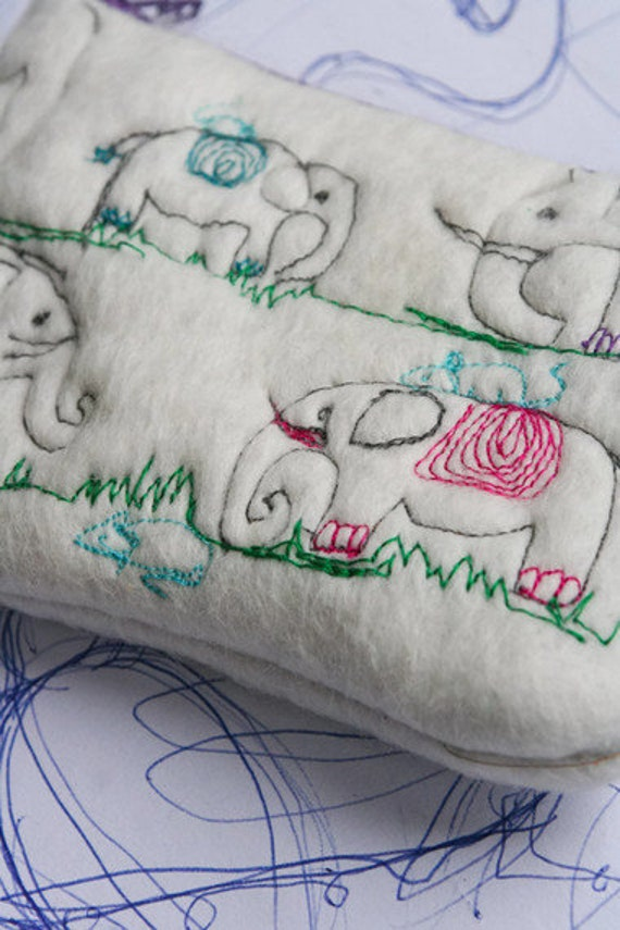 Felt Purse Change Purse Wallet Pouch - Embroidered with Elephants and Mice