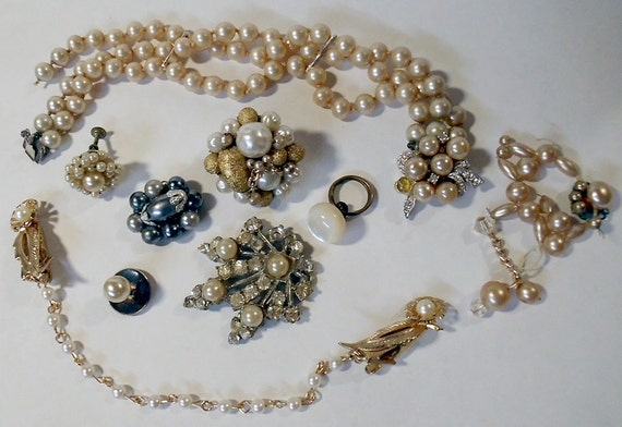 Vintage Jewelry Destash - Pearls and More Pearls to Upcycle