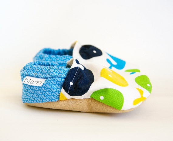 Splash Bison Booties Size 0 to 6 Months Baby Newborn Soft Shoes Whale