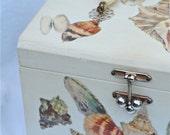vintage wooden decoupage seashell purse