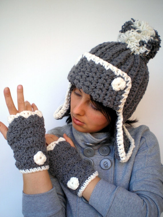 Natasha Grey and Ivory Chunky Set Hat and Gloves Soft mixed Wool Hat and Fingerless Gloves Woman Set NEW COLECTION