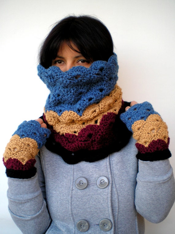 Multicolor Set Cowl and Gloves Super soft Neckwarmer and Fingerless Mitens Women Crocheted Set NEW COLLECTION