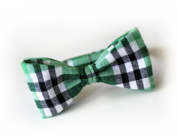 Toddler Bow tie Kelly green black and white plaid