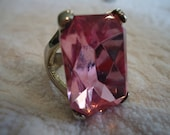STOP THE SHOW Pink Cocktail Ring Size 8