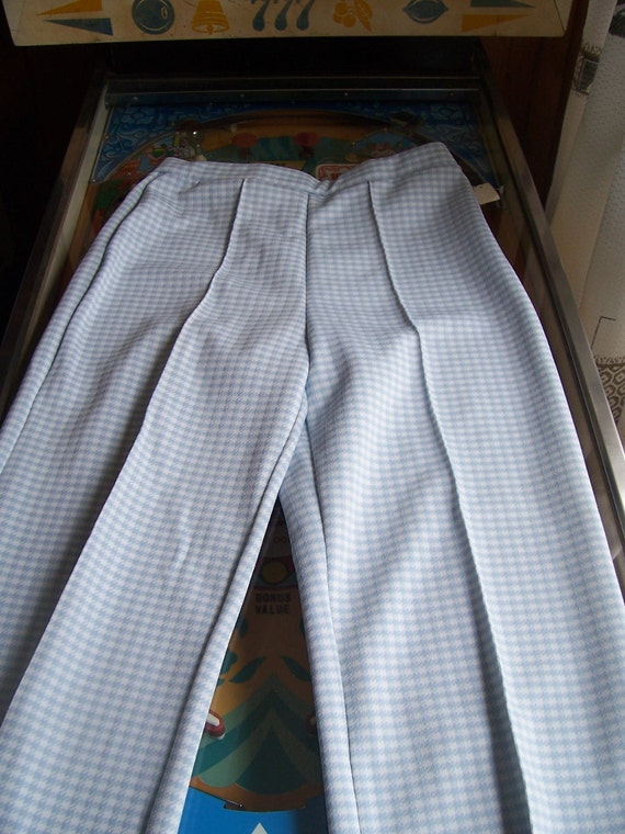 Deadstock Vintage 1970s womens blue and white houndstooth polyester pants size M