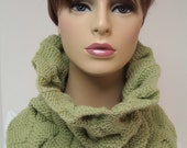 Architectural Soft Green Wool Cowl