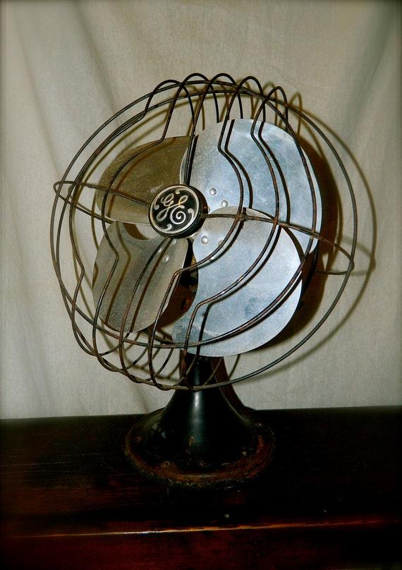 """Vintage GE Oscillating 12"""" Desk Fan / Aluminum Blade 1930s - SALE"""