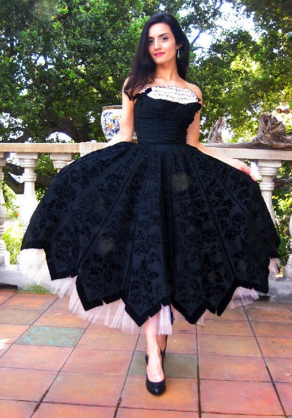 GORGEOUS 1950s Black and Petal Pink Formal Dress with Shelf Bust -- Extra Small
