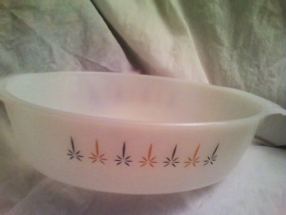 Vintage Anchor Hocking Fire King Oval Casserole Dish Candle Glow Pattern