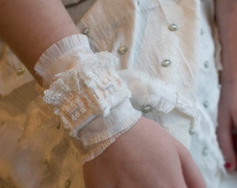 Bridal Wrist Wrap Hope and Trust