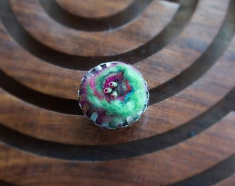 Green Felt Swirl Ring
