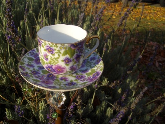 Bird feeder tea cup upcycled garden decor demitasse cup for Upcycled yard decor