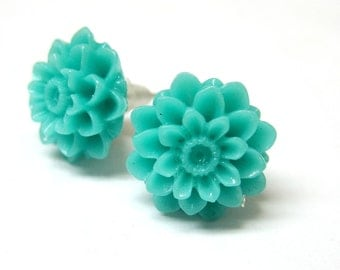 Mint Chrysanthemum Flower Stud Earrings
