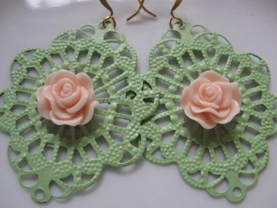 Lace - Peach Orchard Filigree Earrings