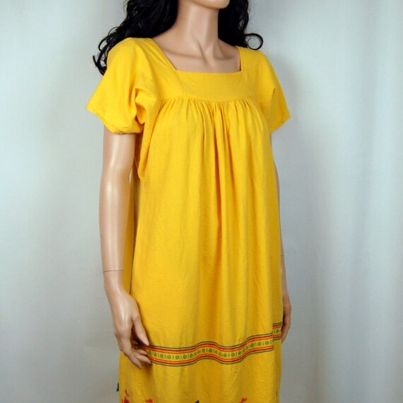 70's Bright Yellow Ethnic Guatamalen Embroidered Tunic Dress S M