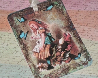 Vintage Inspired Alice in Wonderland Gift Tags with Seam Binding ATC ECS