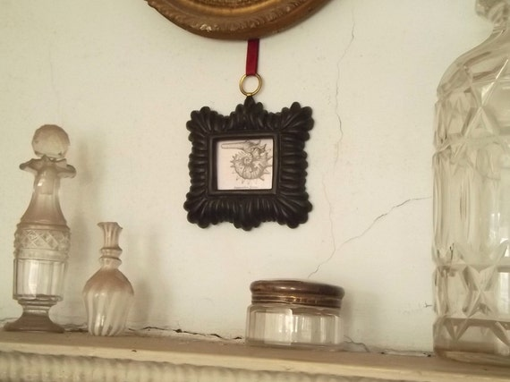 Small Frame, Black picture frame, small black frame. f 23