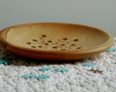 Olive the Pretty Dish - Olive Wood