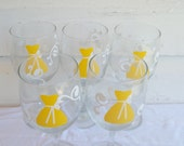 Personalized Bridesmaid 5 Wine Glasses