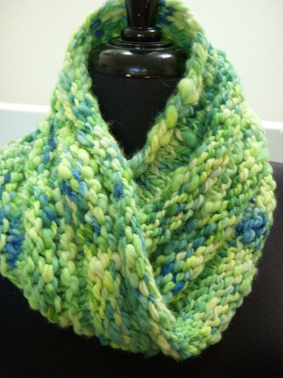 GREEN'S THE THING Infinity Scarf