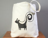 Tote bag, skunk, oh so cute. New size.