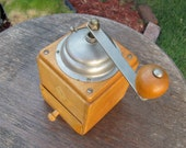 Antique coffee grinder - extremely good condition
